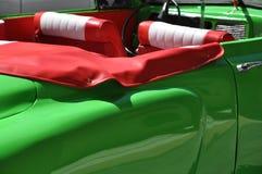 发光的greene葡萄酒美国汽车在哈瓦那,古巴 免版税库存照片