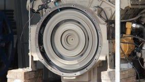 发动机起动 测试柴油引擎的开始 柴油引擎的试航 飞轮轮 飞轮开始轮 影视素材