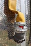 发动机起火水管 库存照片