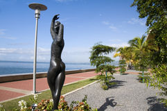 发展端口西班牙特立尼达江边 免版税库存图片