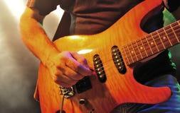 发火焰的吉他槭树 库存图片