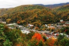发烟性山Gatlinburg和谷在秋天 库存图片