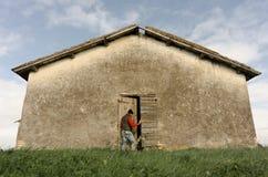 发现一个农村房子 免版税图库摄影