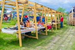 发生了2018年6月8-12 ethnofestival的天空和的地球,在秋明州,俄罗斯 库存图片