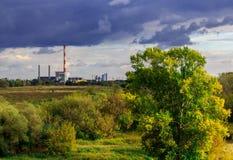 发电厂风景 免版税库存照片