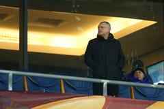 发电机在VIP箱子的Ihor Surkis的总统在UEFA欧罗巴16在发电机和埃弗顿之间的秒腿比赛前同盟回合  免版税库存照片