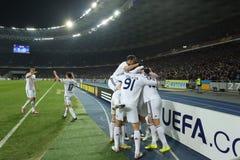 发电机庆祝在UEFA欧罗巴16在发电机和埃弗顿之间的秒腿比赛同盟回合的Kyiv球员进的球  库存照片