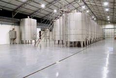 发酵坦克酒 免版税库存图片