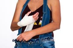 受伤的女孩现有量 免版税库存图片