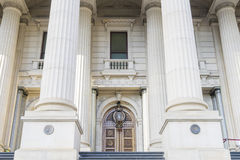 2009年受害者维多利亚的澳洲bushfire著名标志半路墨尔本内存议会杆 免版税图库摄影