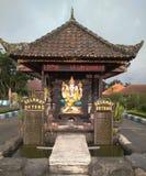 受欢迎的门寺庙danu bedugul 库存图片