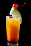变冷的热带兰姆酒和橙色鸡尾酒 免版税图库摄影