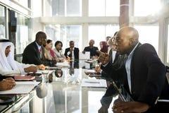 变化人谈国际会议合作 库存照片