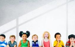 变化儿童友谊无罪微笑的概念 库存图片