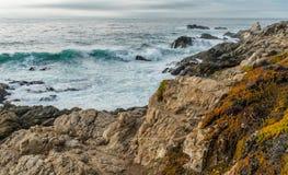 变化增光加利福尼亚沿海风景  库存图片