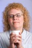 变老的中间妇女 免版税图库摄影