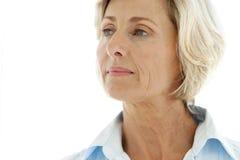 变老的中间妇女 免版税库存图片