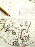 变老的北极圈映射北部老杆 免版税库存图片