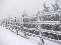 变苍白冬天的山 免版税库存图片