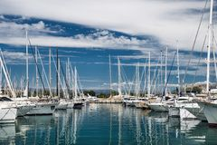 口岸和港口在圣特罗佩 免版税图库摄影