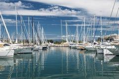 口岸和港口在圣特罗佩 免版税库存照片