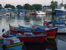 口岸在小船的内塞伯尔保加利亚 库存图片