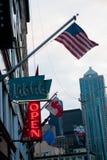 口岸的美国人Frag在波特兰,美国附近 波特兰是位于俄勒冈的城市,夏时的,internatio美国 图库摄影
