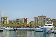 口岸的Vell小游艇船坞2009年4月13日在巴塞罗那 免版税库存照片