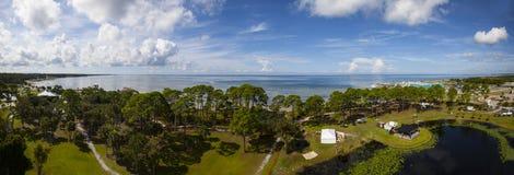 口岸St乔-海角圣布拉斯灯塔视图 免版税库存照片