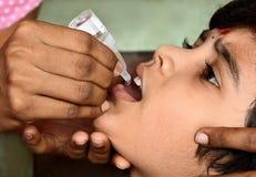 口头小儿麻痹症疫苗 免版税库存图片