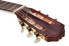 古典吉他关闭调整的钥匙  库存照片