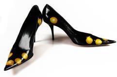 古典对穿上鞋子妇女 库存照片