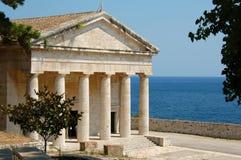 古典希腊寺庙 免版税库存照片