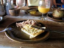 古典早餐在Maldivian旅馆 免版税库存照片