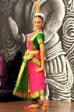 古典舞蹈演员印地安人 库存照片