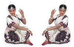 古典舞蹈演员女性印地安人 免版税库存照片