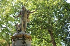 古典雕象在阿雷胡埃斯庭院里,西班牙 库存照片