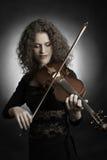 古典音乐家小提琴球员 免版税库存照片