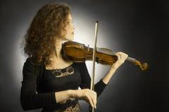 古典音乐家小提琴球员 免版税库存图片
