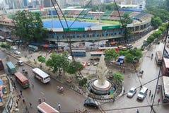 古勒斯坦省是达卡市一条非常拥挤的街在孟加拉国 免版税库存照片