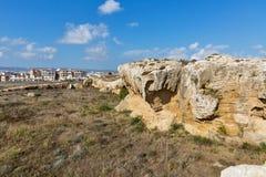 古城在帕福斯,塞浦路斯围住废墟 免版税库存图片