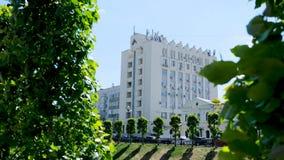 古城的城市风景的美丽的景色 E 美好的好日子在一个城市环境里 影视素材