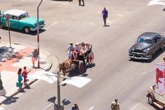 古巴,哈瓦那- 2017年5月5日:街道的看法 顶视图 库存照片