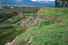 古希腊废墟在考古学地方在斯巴达, Gree 免版税图库摄影