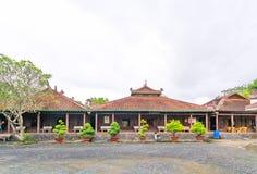 古庙的建筑秀丽在乡下 免版税图库摄影