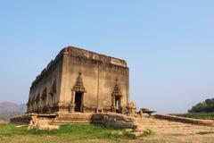 古庙的老菩萨, 免版税库存图片