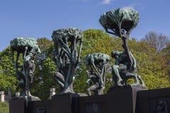 古斯塔夫Vigeland ` s雕塑在维格兰雕塑公园 图库摄影