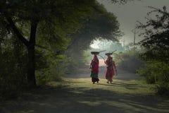 古杰雷特村庄妇女 库存图片