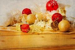 古板的圣诞节装饰 免版税图库摄影