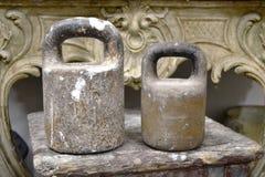 古板的铁重量 免版税库存图片